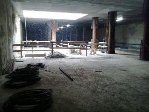 Metro Rondo Daszyńskiego: budują wejścia, wykańczają wnętrza