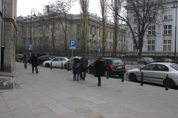 Tu stała skrzynka Tomasz Zieliński, tvnwarszawa.pl