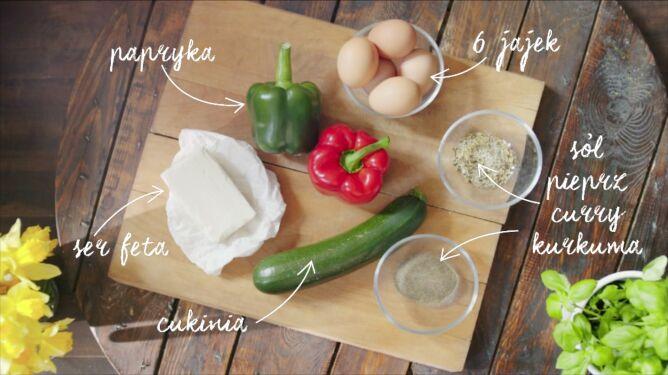 Muffinki jajeczne z warzywami. Przepis Ani Lewandowskiej