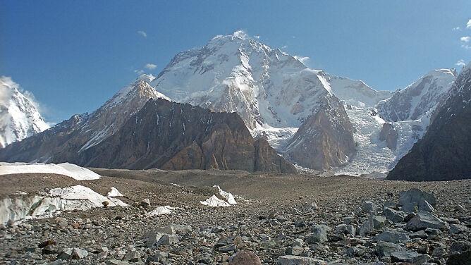 Polak jako pierwszy na świecie zjechał na nartach z Broad Peak