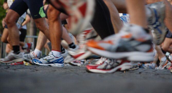 Na Śląsku trwa maraton, którego trasa wiedzie przez trzy miasta